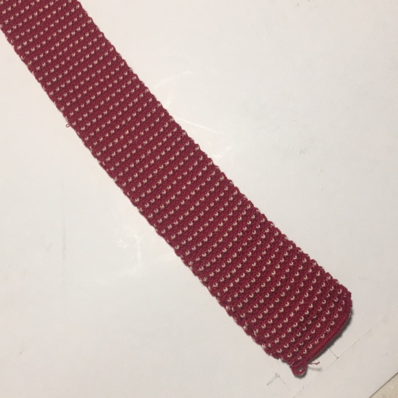 Other - Cream and Red Knit Tie